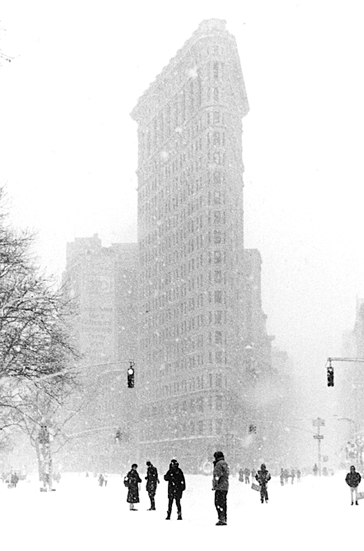 Yes please. Any time, really. Just make it happen. Thanks.            via: och-annie : Be sure to check out photographer  Michael Magill  New York in the snow series. It's magical. See more  here.