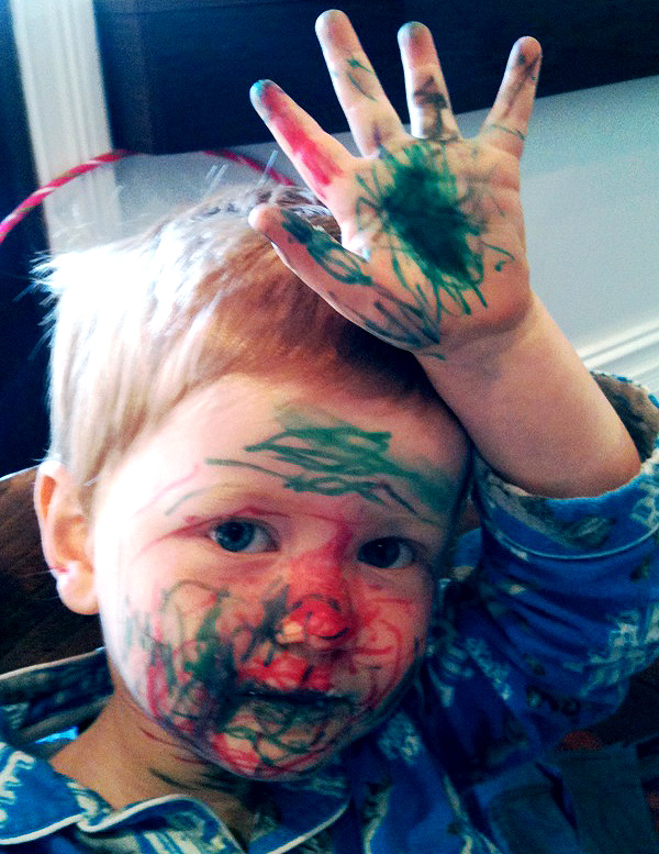 allcapsyeah :     fraser braddock    blockbranding :      carolynannahall :     This is what happens when you have two incredibly creative parents…  Little Fraser decided to colour himself in this weekend - apparently he even did the bottoms of his feet!