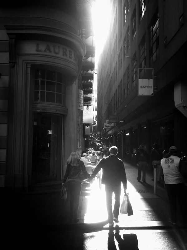 A lovely blog that has me missing Melbourne muchly. mishobaranovic: Little Collins St, Melbourne #iphoneography