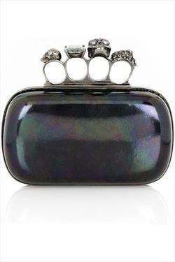 Thinking a girl like me could do some serious damage with a clutch like this. Yeeeooow. blanketrash: alexander mcqueen knuckleduster clutch