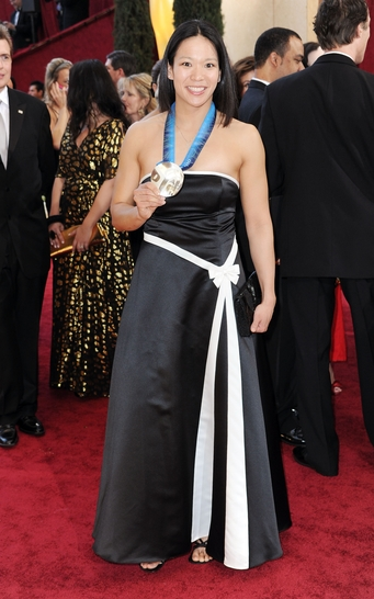 Julie at the 2010 Academy Awards after the Vancouver 2010 Olympic Games in Hollywood, CA