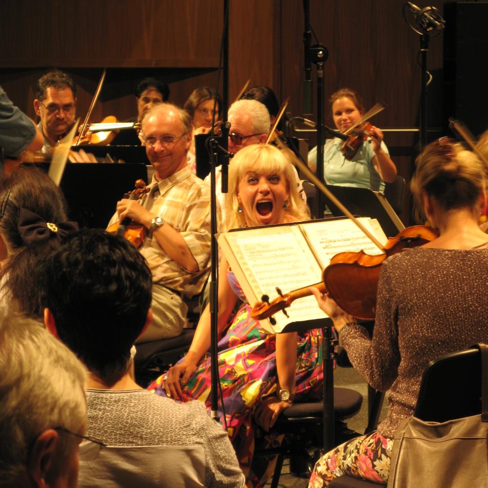 Orchesterproduktion mit Marie Friederike Schöder
