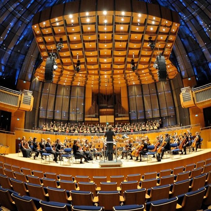 Orchesterproduktion in der Tonhalle Düsseldorf