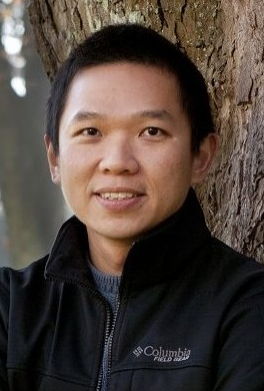 Associate Professor Lian Pin Koh