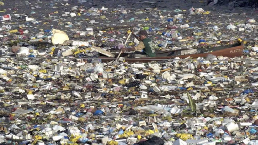 Yuck.. time to stop treating the oceans like a rubbish bin