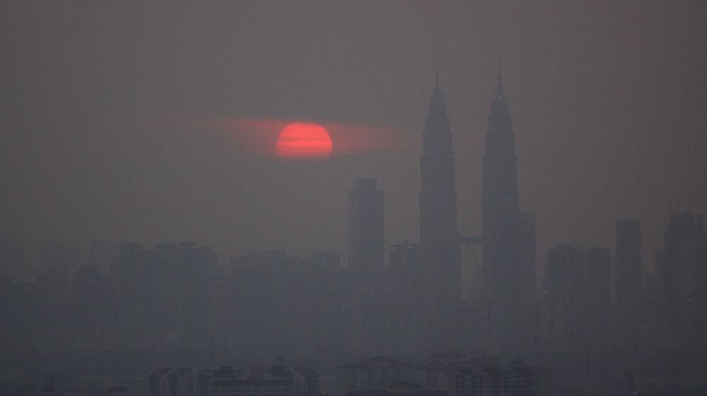 Hard to breathe... smoke and smog in Kuala Lumpur, Malaysia