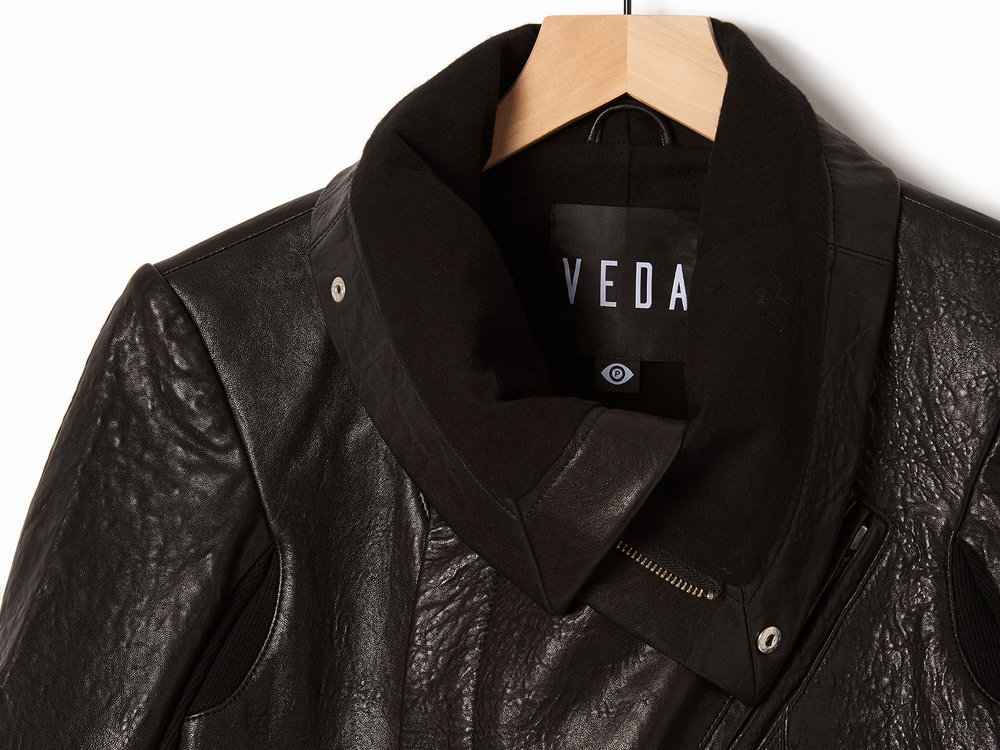 French_Italian_Veda_Max_Classic_Leather_Jacket_Black_03.jpg