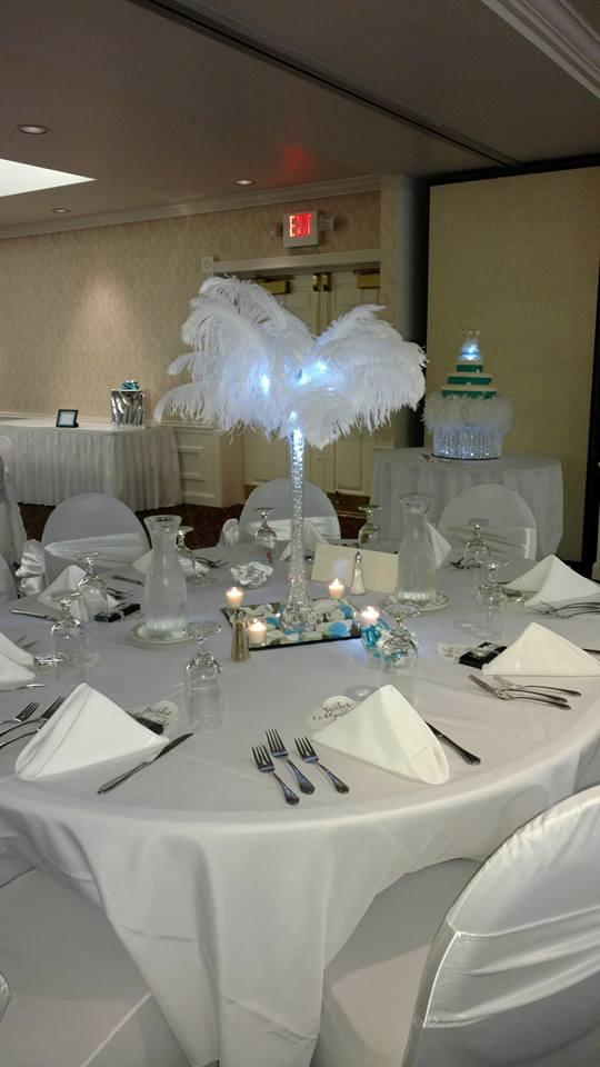 Wedding center piece feathers
