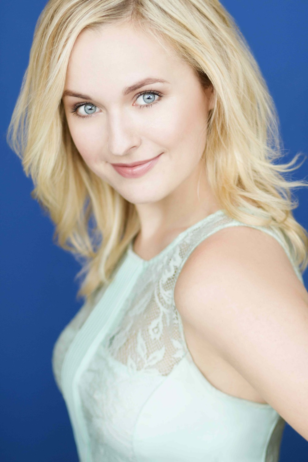 Julia Mattison Headshot 1.jpg