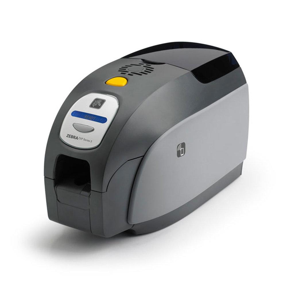 Fiável e de utilização simples, a ZXP3 é a impressora de que necessita para imprimir quantidades médias de cartões.Para impressão numa face ou dupla face, escolha o seu modelo.
