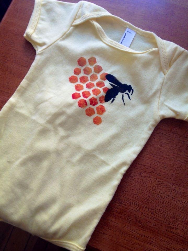 honeybee onesie.jpg