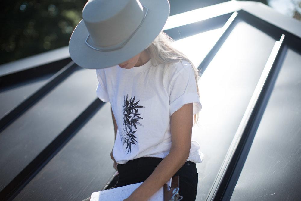 T-shirt-art-du-chanvre-1.jpg