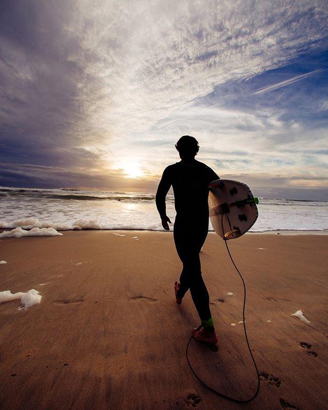 Sunset surf 🏄