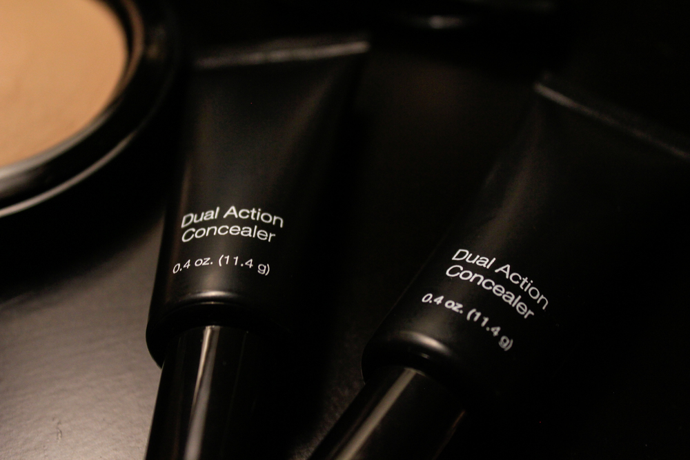 Copy of Dual Action Concealer & Blemish treatment