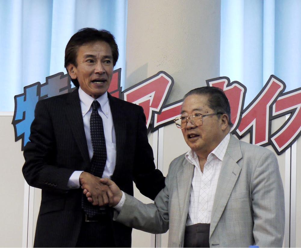 Disposable Henchman snapped Hirayama (right) and Toru Okazaki (left), aka Kamen Rider Amazon, at Super Festival 53 in 2010.