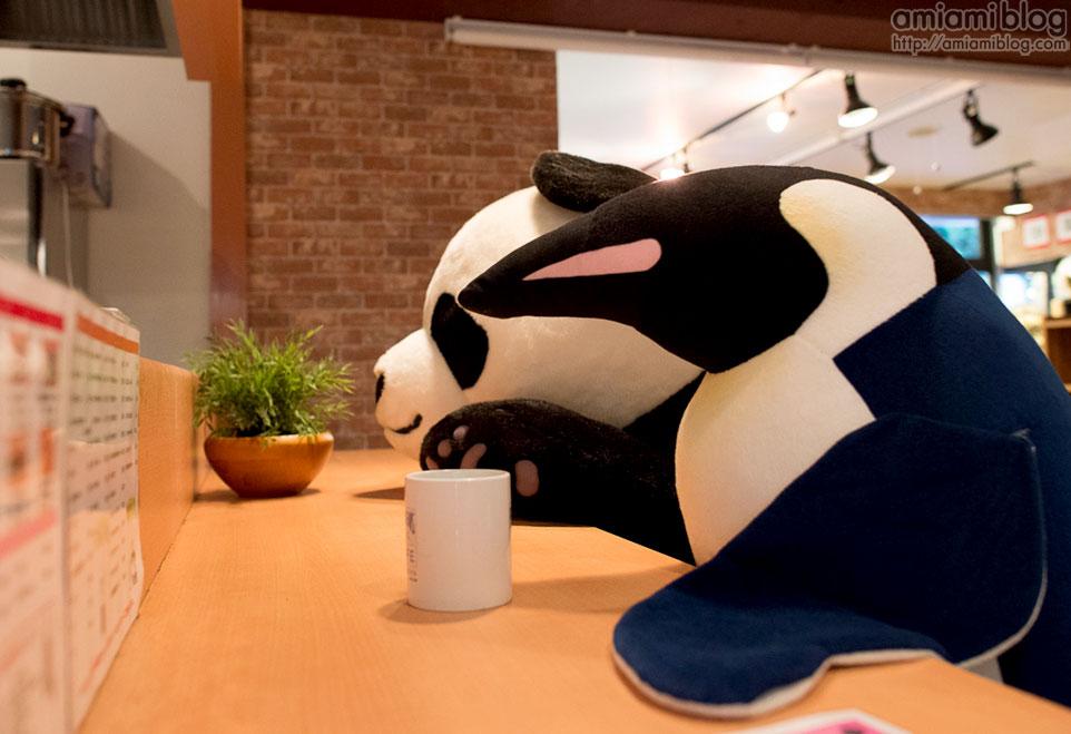 shirokuma cafe 1.jpg