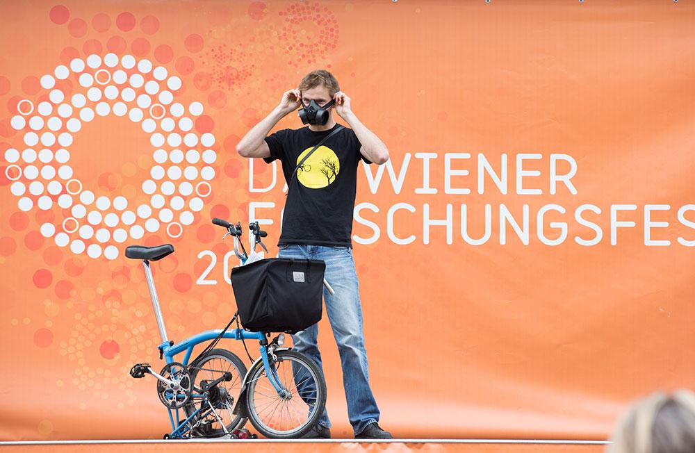 Forschungsfest-Wien_2013_Florian-Lorenz_STC_C_Gappzit.jpg