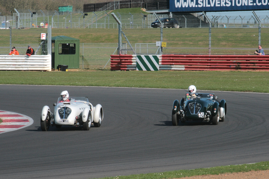 Battling Healey Silverstones of Neil Collins and Till Bechtolsheimer.