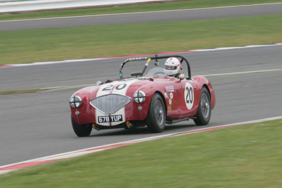 Jonathan Abecassis - Austin Healey 100/4. Photo: John Turner