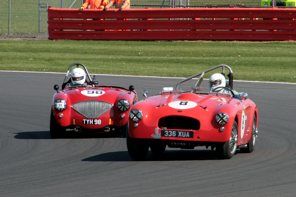 Superb battle during the first half of the race between Mark Butterworth (Allard K3) and Nick Matthews Austin Healey 100/4) in which Nick got the upper hand and Mark was delayed by a long pit stop           Photo - John  TuiRner