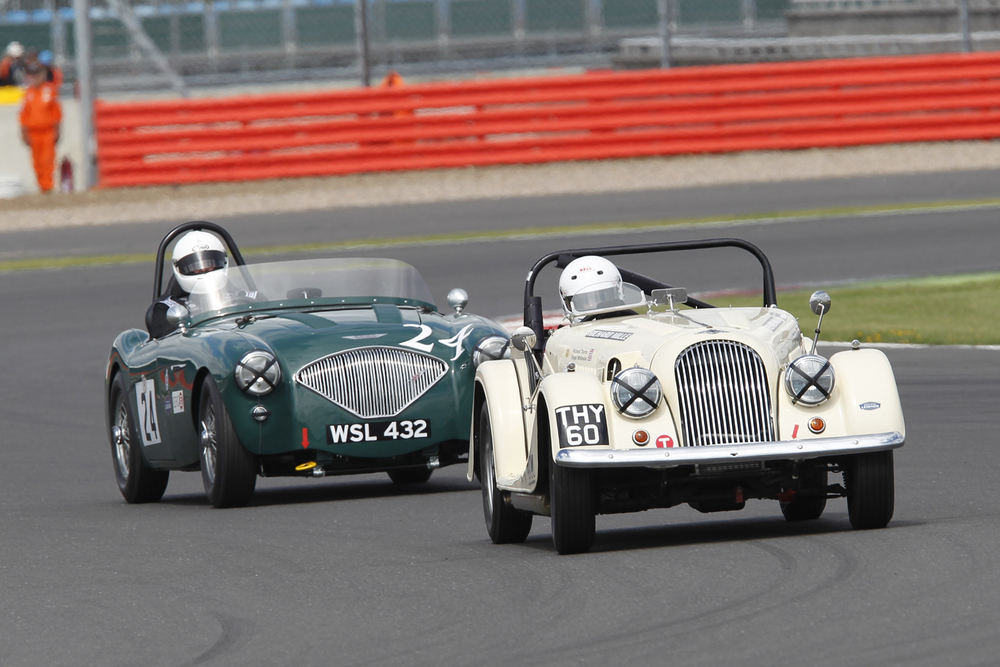 Richard Thorne & Jim Campbell during qualifying                             Photo - Mick Walker