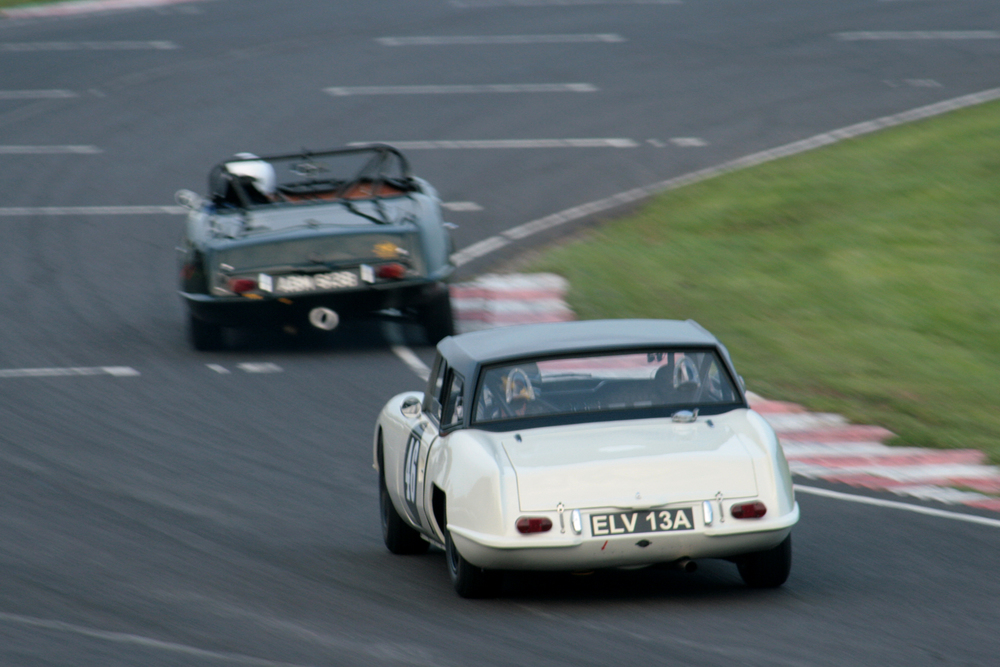 Jonathan Loader chases Sean Kukula, both in Elva Courier Mk4Ts. Anyone got a decent pic of Sean's car?            Photo - John Turner