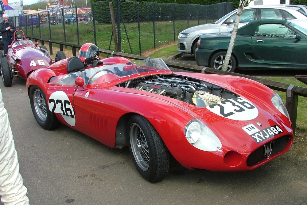 The very last entry of all, completed the picture. Guillermo Fierro Eleta's Maserati 300S at rest! Note his 250F behind.  Photo - John Turner