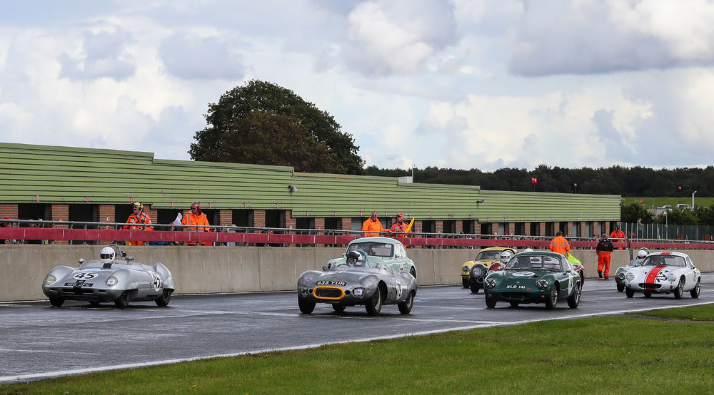 Small but interesting grid lines up for the start minus Brian Arculus in in his Elite which failed on the formation lap.              Photo - Richard Styles