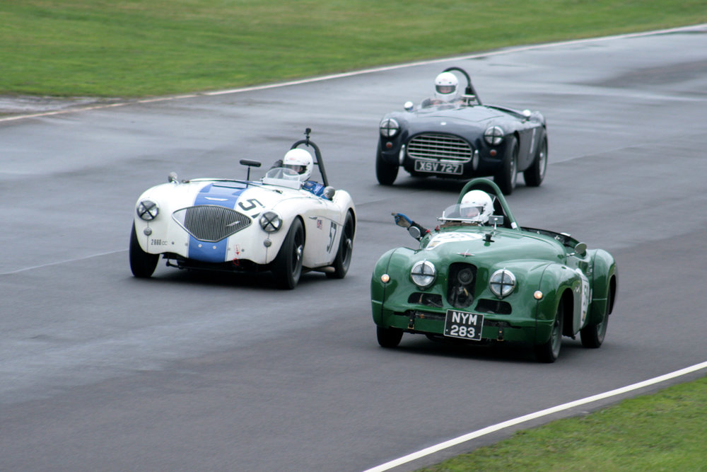 Pass that side! The Peter Bower/Justin Beckett battle receives the signal from the Naerger/Leopold Jowett Jupiter  Photo John Turner