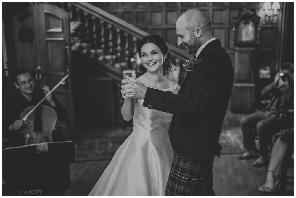Guthrie Castle wedding photography