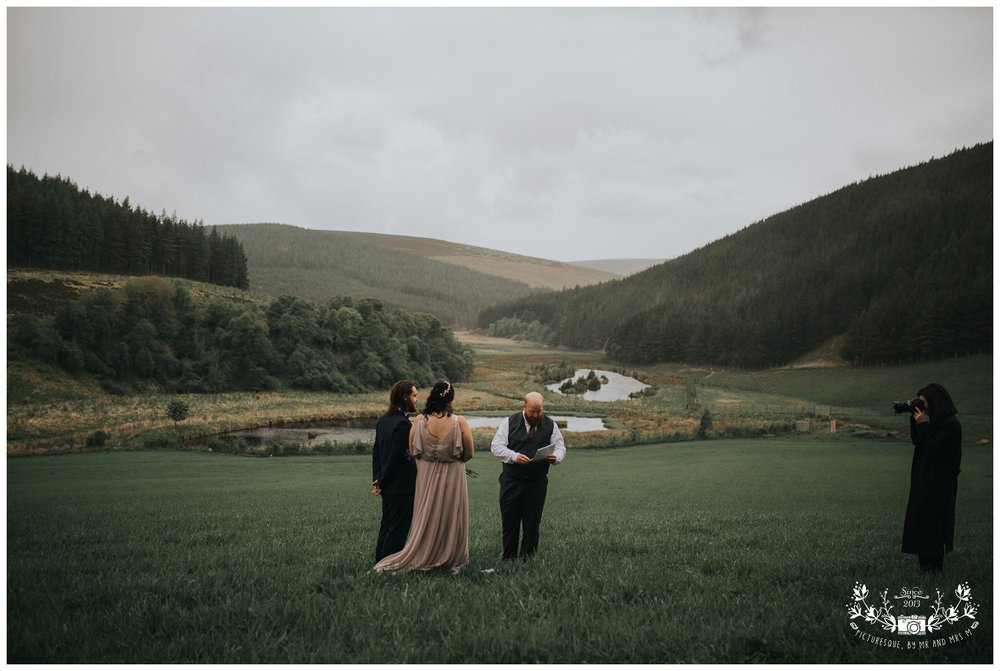 Cairngorms elopement, scottish elopement photography, Picturesquebymrandmrsm_0018.jpg