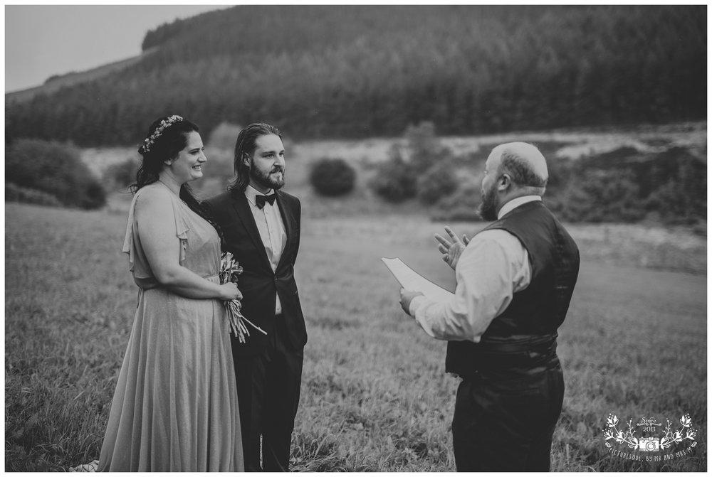 Cairngorms elopement, scottish elopement photography, Picturesquebymrandmrsm_0021.jpg