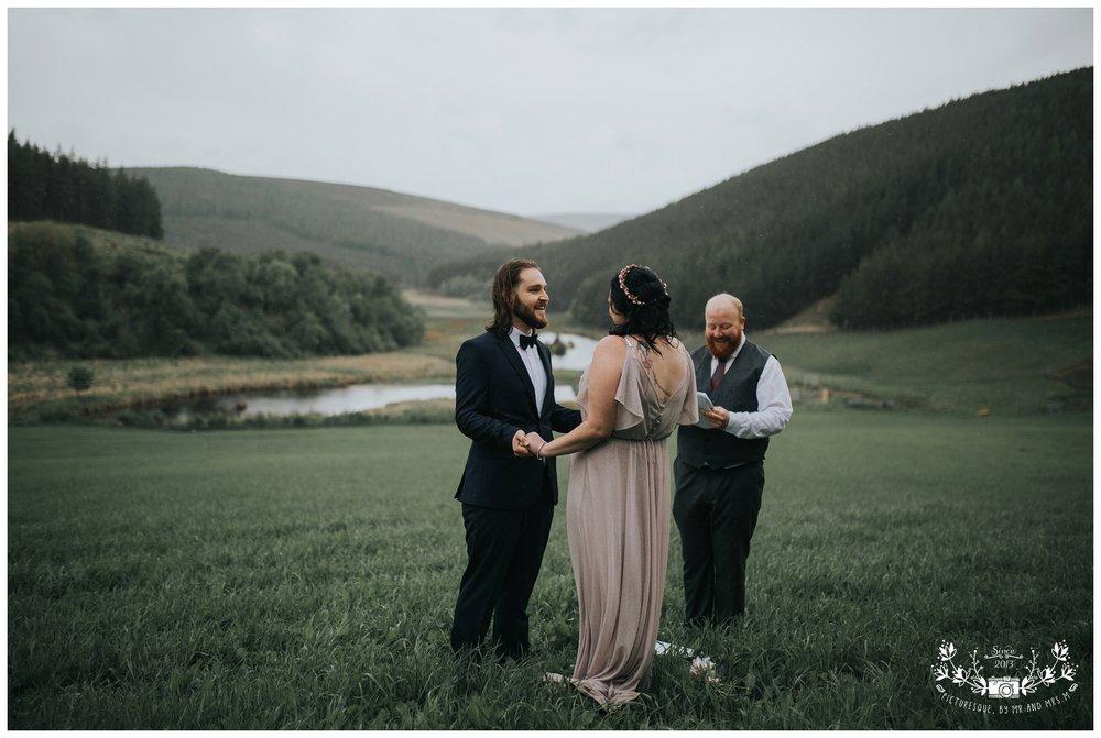 Cairngorms elopement, scottish elopement photography, Picturesquebymrandmrsm_0026.jpg