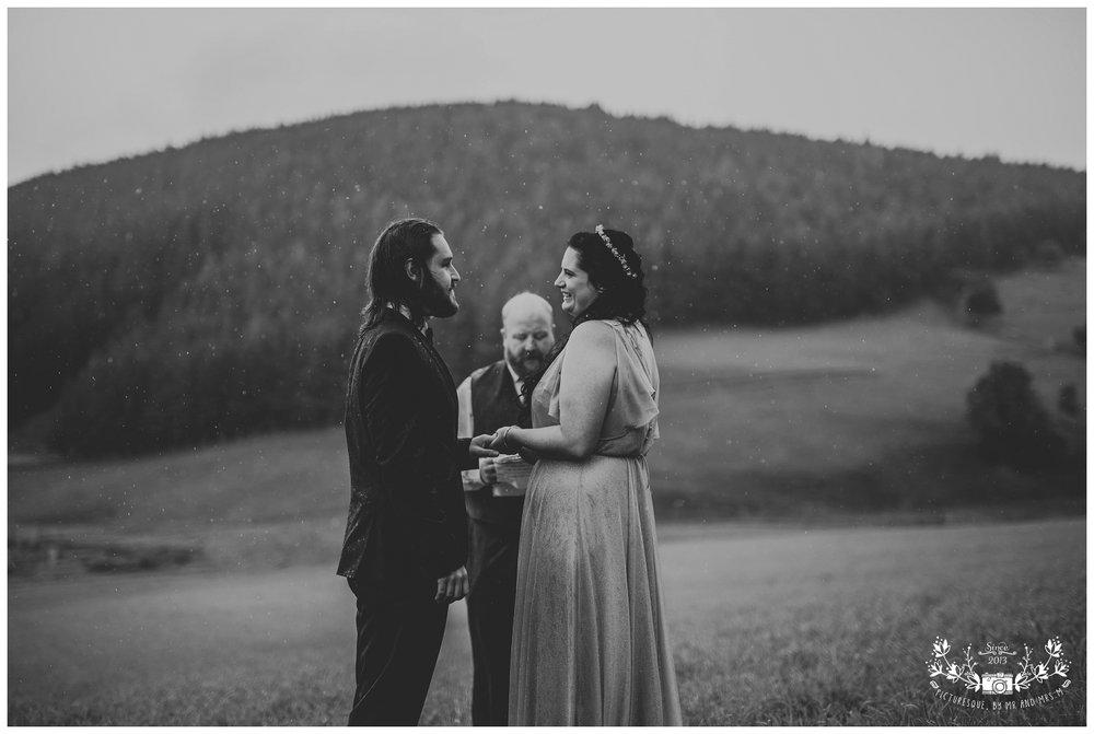 Cairngorms elopement, scottish elopement photography, Picturesquebymrandmrsm_0036.jpg