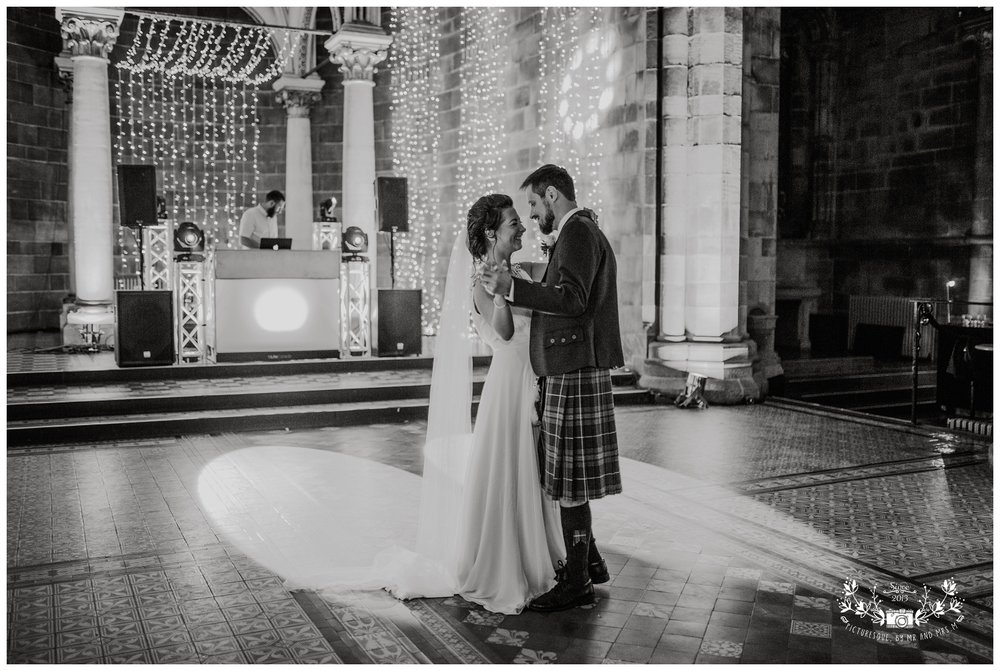 Mansfield Traqauir, Edinburgh, scottish wedding photographer, Picturesque by Mr and Mrs M_0088.jpg