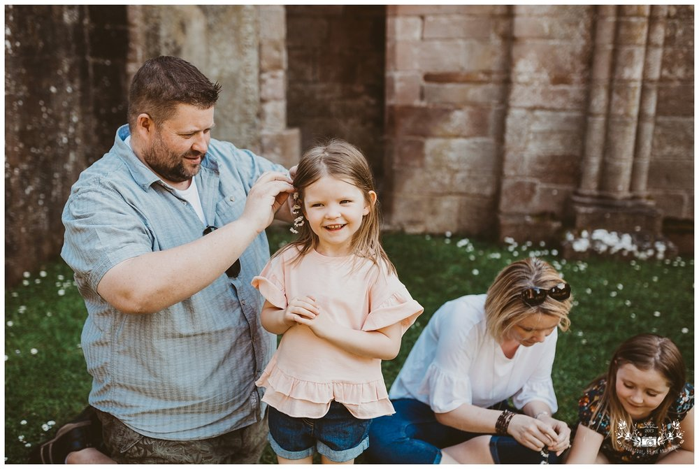 Family photography, Dryburgh Abbey, Falkirk, Glasgow, Edinburgh_0009.jpg