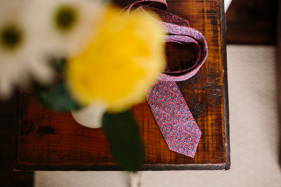 spring flower tie for groom