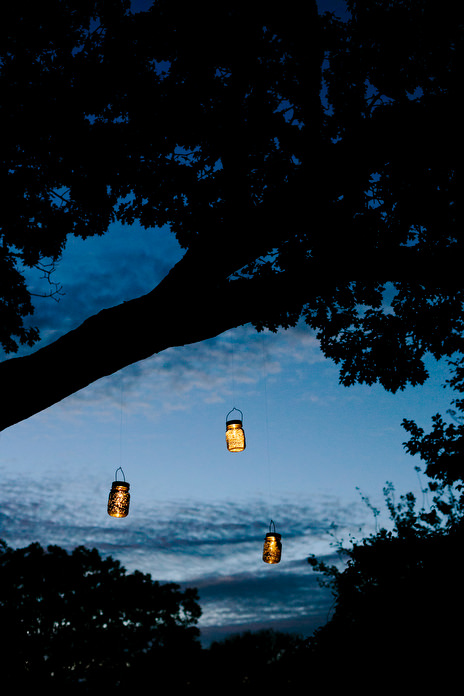 evening wedding lanterns