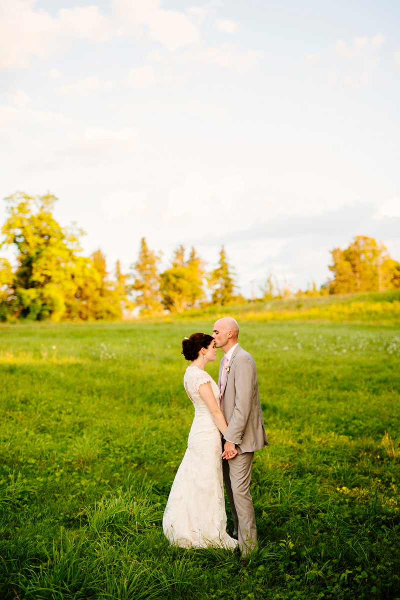 Fruitlands_Museum_Wedding_Jessica_and_Sean_29