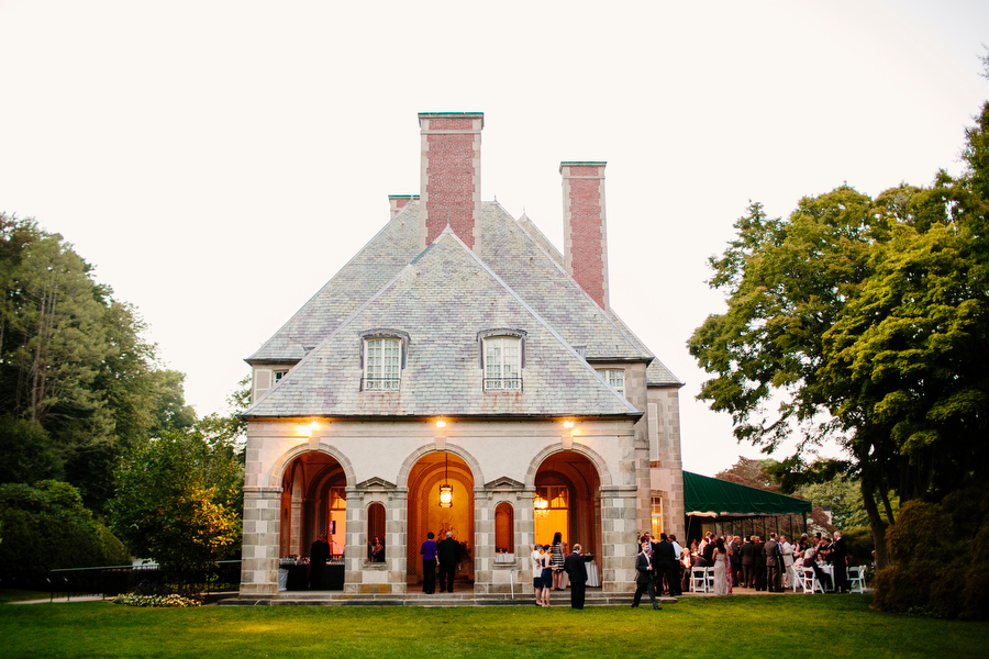 Summer Wedding Photography Glen Manor House reception Portsmouth Rhode Island