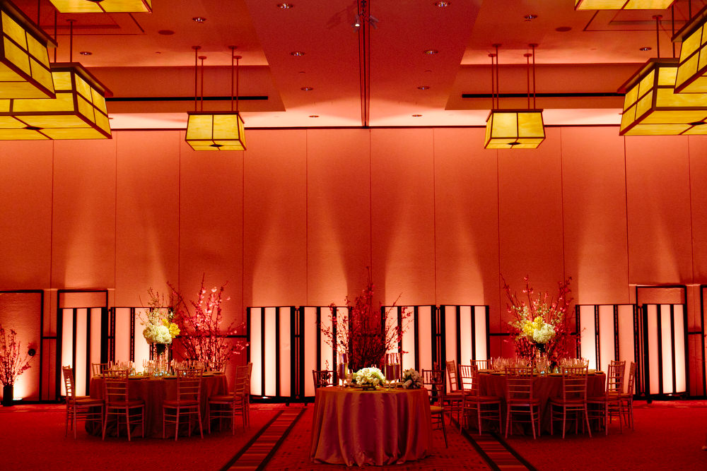 ballroom uplighting and sweetheart table