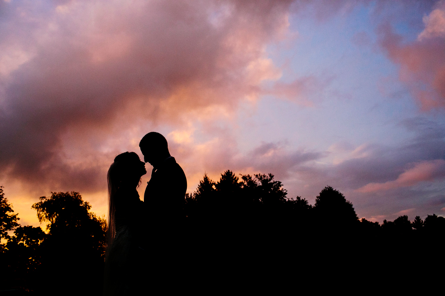 bride and groom wedding silhouette sunset