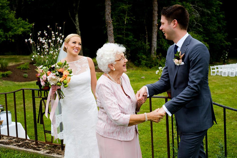 Wedding_Aldworth_Manor_NH-07.JPG