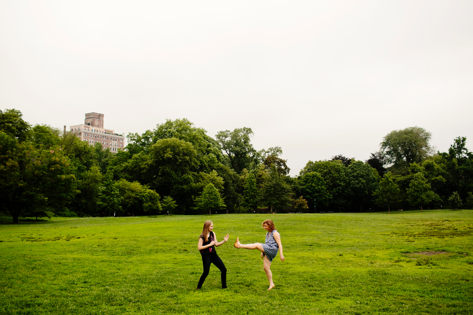 engagement session in park in new york