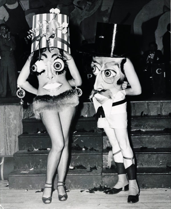 Incredibly Bizarre Vintage Halloween Costumes (10).jpg