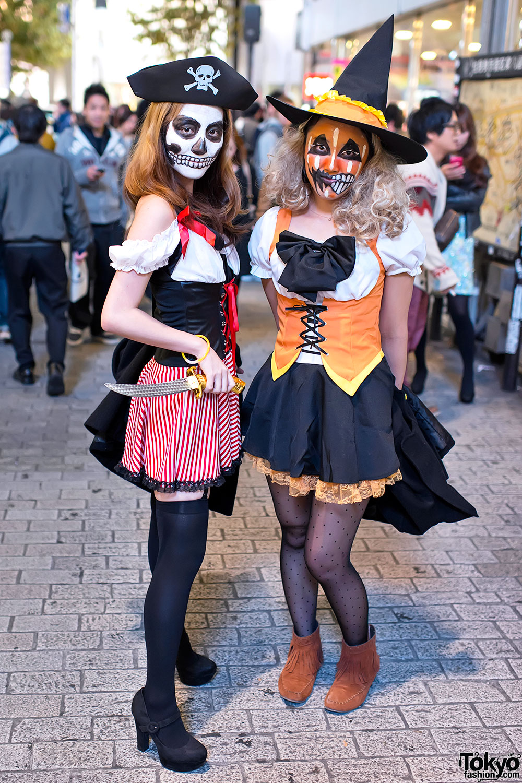 Shibuya-Halloween-Costumes-2012-049.jpg