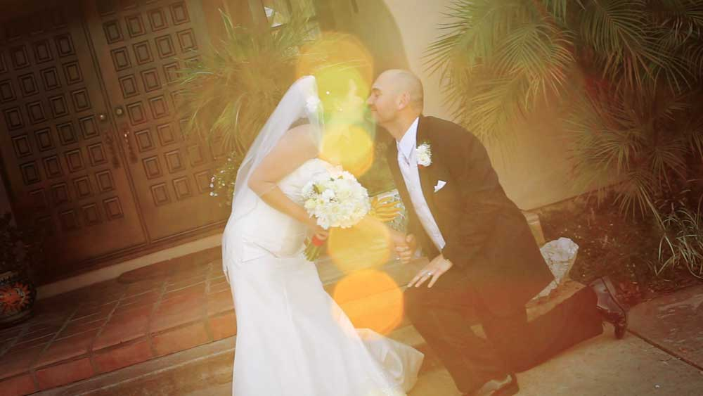 Bride_Groom_Kiss_SunFlare