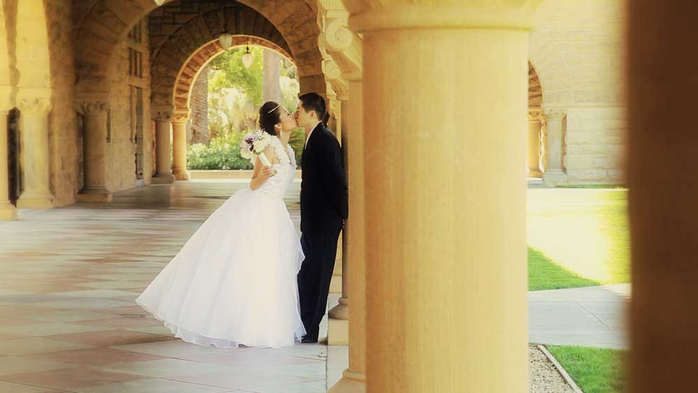Bride-and-Groom-Kiss(web).jpg