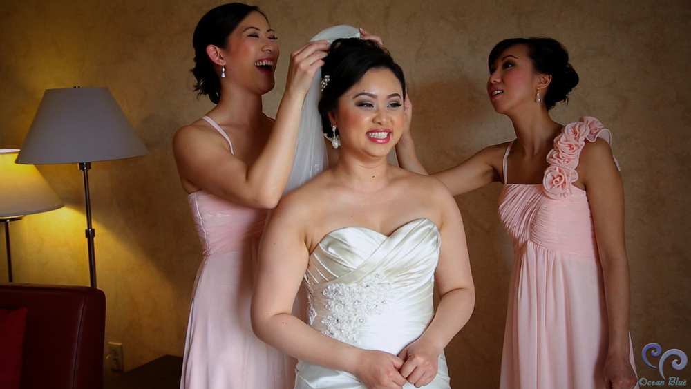 bride_bridesmaids.jpg