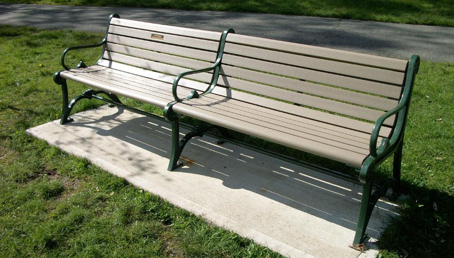 bench-web.jpg